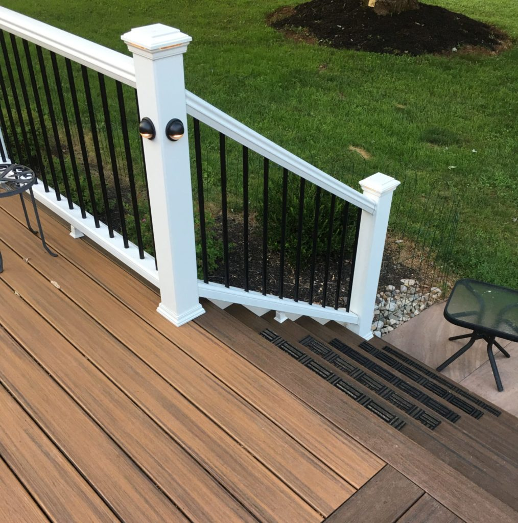 composite decking with white railing
